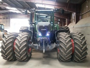 2012 Fendt 724 Fitted with trelleborg Tyres and Stocks Duals FR