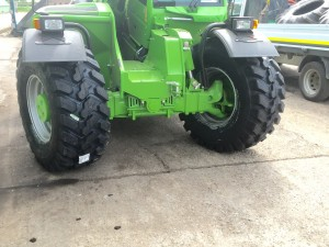 500 70 24 Dura Force Tyre on merlo teleporter