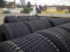 54 3100 26 Titan Goodyear Softrac 105 Turf Tyre
