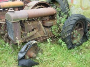 Fordson Vintage tractor tryes