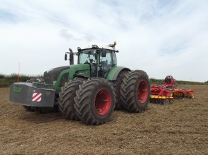 Michelin Axiobib on Duals Fendt Tractor a